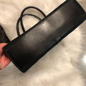 Gucci Bags - Black authentic Gucci Jackie shoulder bag